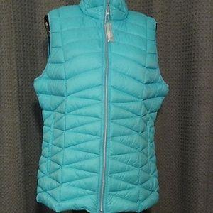 Tangerine brand XXL down vest in mint. NWT